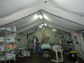 Techo, comida y atención médica para Lorca