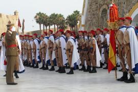 El JEME  saluda a la Bandera Nacional