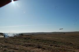 El misil en el aire tras ser disparado (Foto:DISAR)