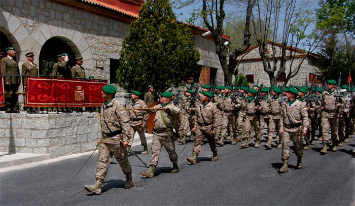 Desfile de la formación el 11 de mayo