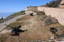 Los cañones de 35/90 dispararon contra aviones blanco