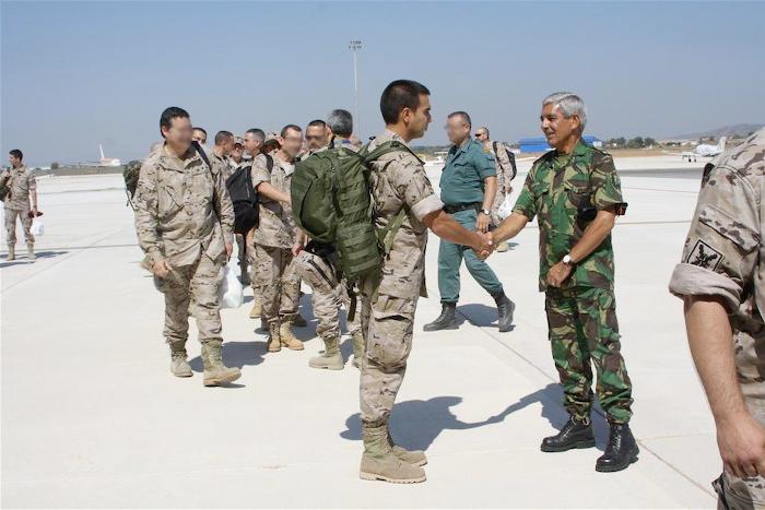 Despedida de los militares españoles que vuelven a casa
