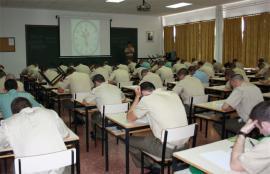 Los aspirantes en una de las pruebas de conocimientos