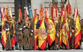 Banderas y Estandartes con corbata o M.M.Colectiva