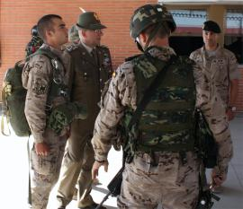 The Chief of the Italian Army Staff during his visit of the Paratroops Brigade