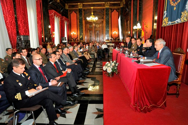 Mesa presidencial y audiencia en las Jornadas