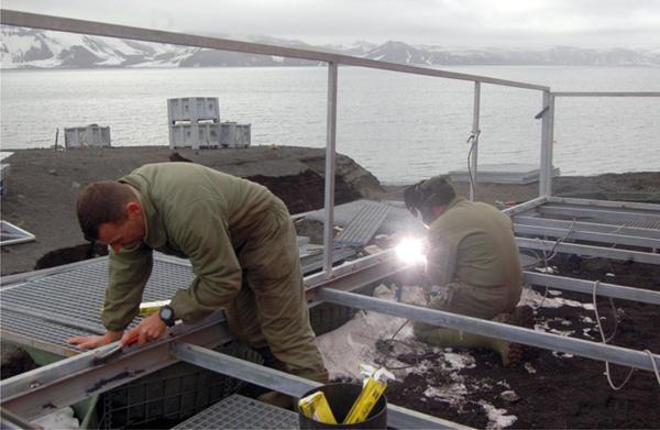 Labores de mejora y mantenimiento en la Base