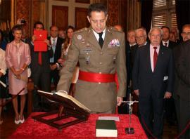 El teniente general Álvarez-Espejo jura su cargo