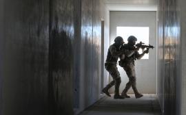 Ejercicio de combate en zonas urbanizadas