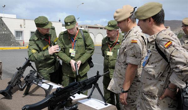La delegación rusa en la base canaria
