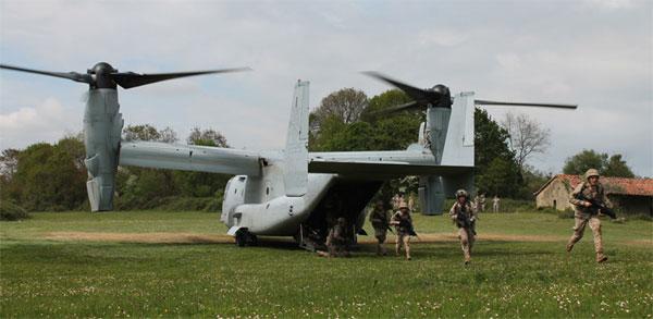 Práctica de desembarque de la aeronave Osprey