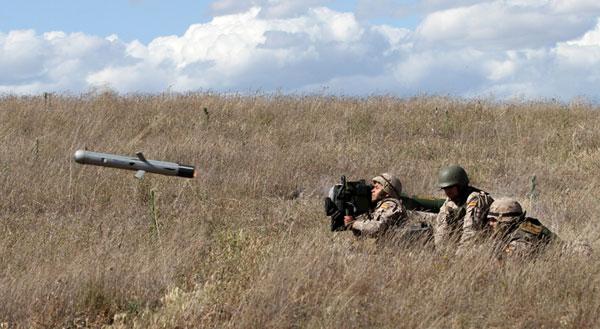 Lanzamiento de misil Spike en el ejercicio