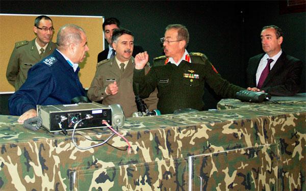 Los generales jordanos durante la visita