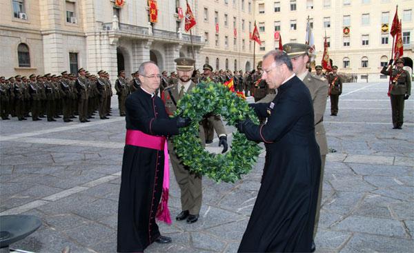 Homenaje en el acto de despedida de los capellanes