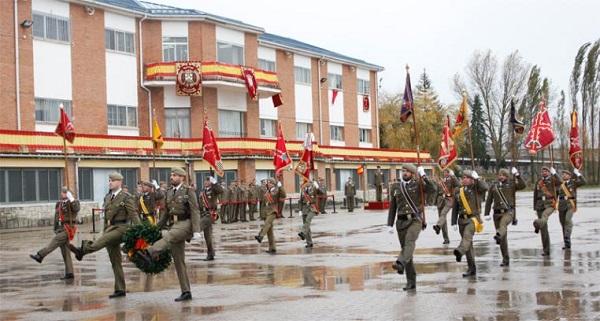 Desfile de la formación en el acto (Foto:BRIL V)