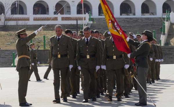 Paso de a tres bajo la Bandera