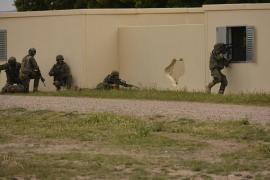 Práctica de combate en ZZUU en el ejercicio