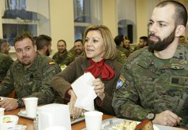 In Latvia, the Minister joins to the table with the soldiers