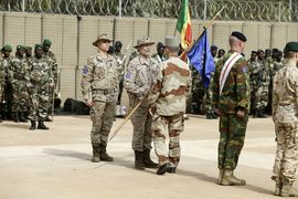 General Millán assumes the command in Mali under the presence of the Minister of Defense