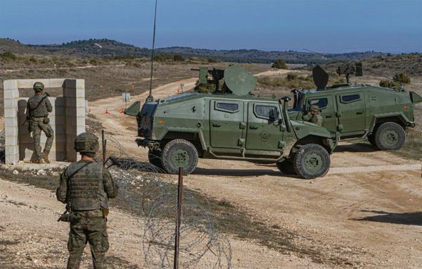 The Ceuta General Command prepares its first contingent for Iraq in the 'Chinchilla' Training Centre