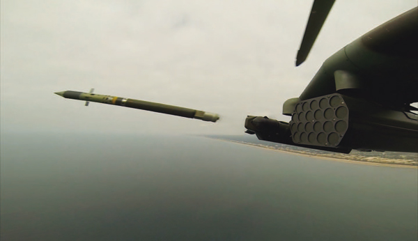 Misil Mistral lanzado desde helicóptero