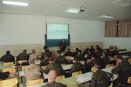Los ARV reciben también clases teóricas sobre diversas materias