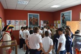 Visita a la Sala Histórica del Regimiento